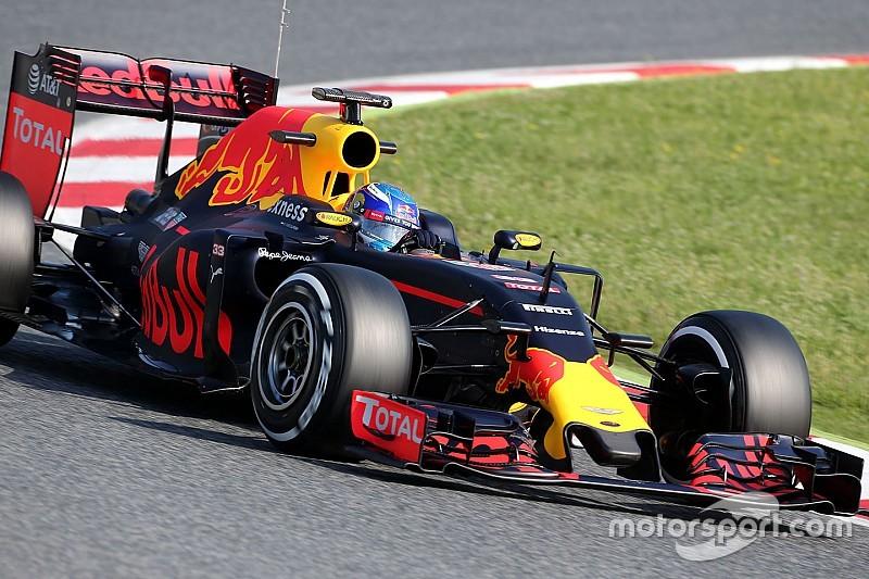 Barcelona F1 test: Verstappen keeps Red Bull on top