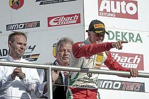 Mick Schumacher hatalmas fölénnyel nyert Monzában