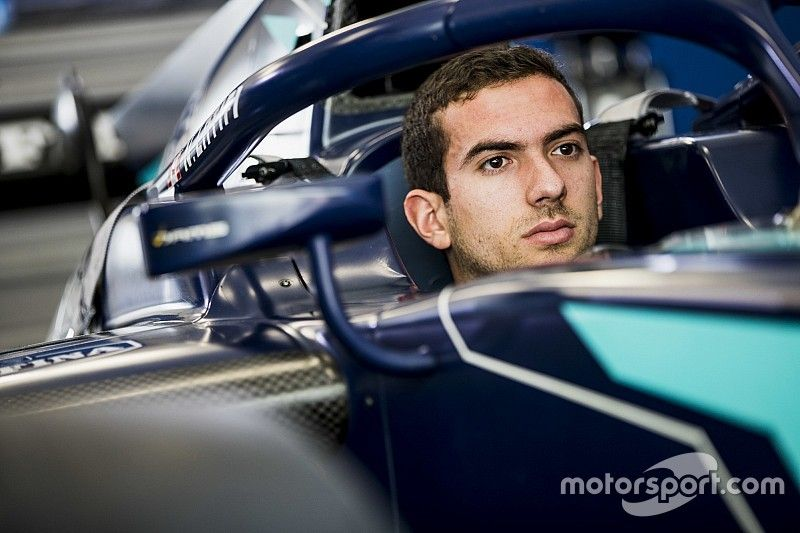 Nicholas Latifi's race hampered by clutch woes