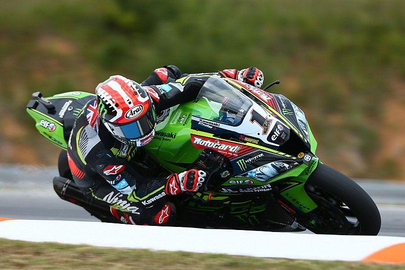 Rea manda en el arranque en Brno; los españoles pasarán por la Superpole 1