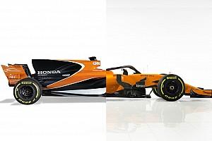 Слайдер: порівняння нової і торішньої машин Ф1 McLaren