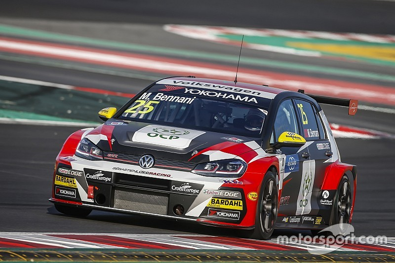 s bastien loeb racing bennani ed huff le uniche volkswagen in pista nel 2018 wtcr news. Black Bedroom Furniture Sets. Home Design Ideas