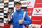Ф3 Монгер поднялся на подиум по итогам первой гонки сезона британской Ф3