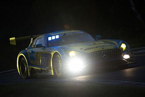 """Buurman op de valreep derde in 24 uur Nürburgring: """"Het was alles of niets"""""""