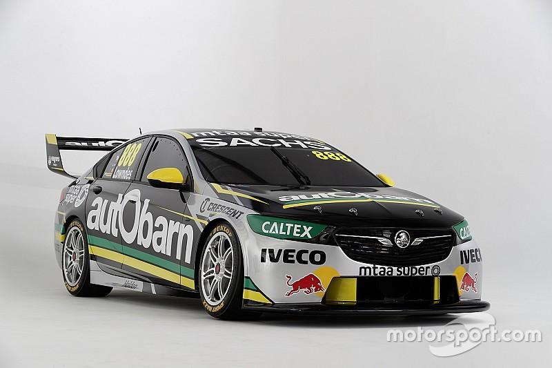 Трехкратый чемпион Supercars показал машину для нового сезона