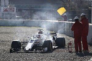 """Diaporama : Leclerc """"embrasse"""" la barrière de Barcelone avec la Sauber"""