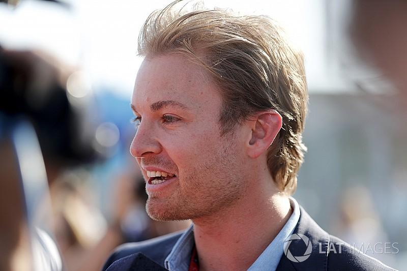 """Nico Rosberg: Daniel Ricciardo """"sollte zu Ferrari gehen"""""""