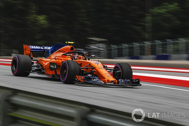 "McLaren, Brown ammette: ""La macchina di quest'anno ha meno downforce di quella del 2017"""
