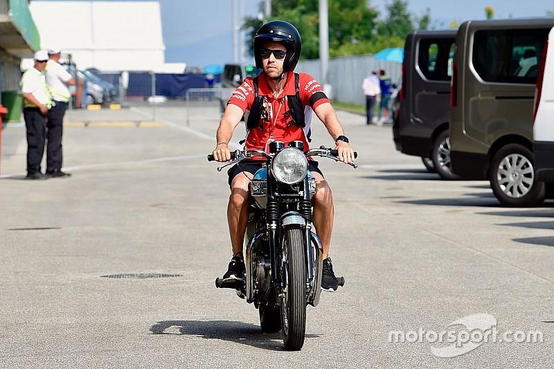 Vettel ve crucial mantenerse adelante después de las primeras curvas