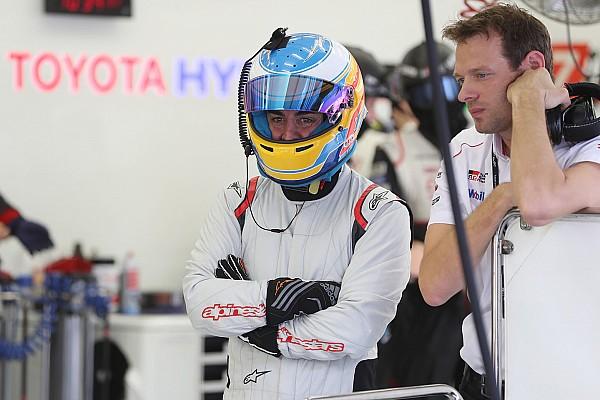 Alonso elogia carro da LMP1, mas se esquiva sobre Le Mans