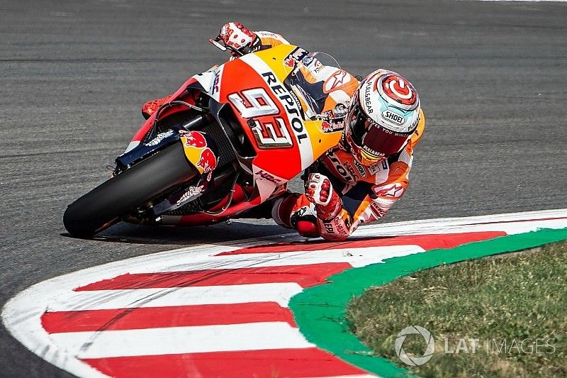 """Marquez saves making other Hondas """"look like idiots"""" - Crutchlow"""