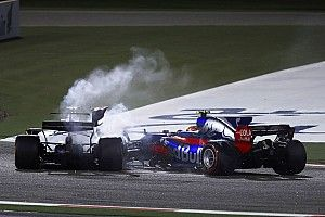 Stroll, Sainz blame each other for accident