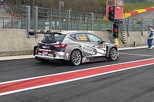 TCR Benelux Gara I fratelli Mondron vincono la Qualifying Race di Spa