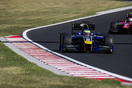 Macaristan F2: Rowland kazandı, Leclerc son sıradan 4. oldu!