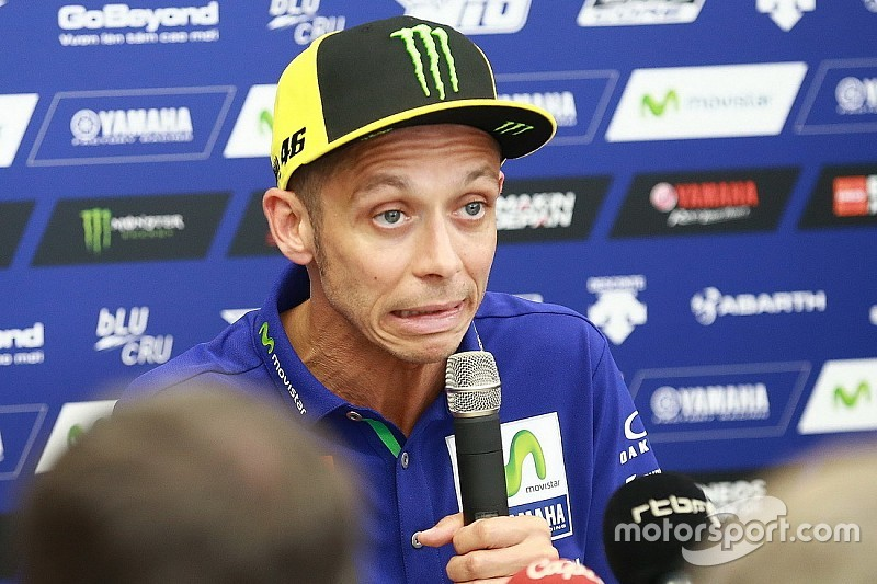 """Rossi: """"Tengo suerte de estar aquí, podría haberme roto algo"""""""