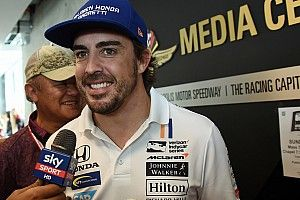Rossi: Alonso'nun IndyCar'da yarışması harika olur