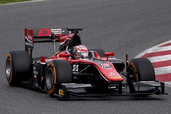 FIA F2 Relato de testes Matsushita lidera primeiro teste da F2; Sette Câmara é 14º