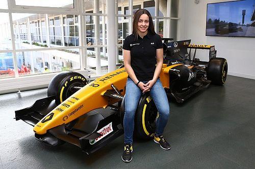 Estrela do kart, Marta Garcia se junta a programa da Renault