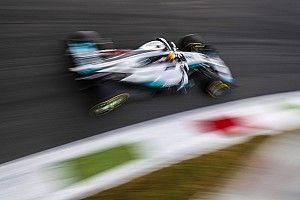 Hamilton comienza metiendo un segundo a Ferrari en Monza