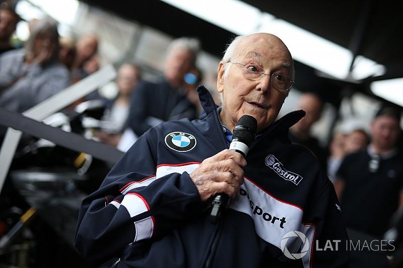 """Murray Walker: """"Los más grandes de la F1 son Fangio, Stewart, Prost y Hamilton"""""""