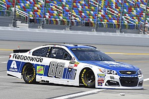 NASCAR Cup Qualifiche Dale Earnhardt Jr. conquista la pole per la Daytona Cup Race