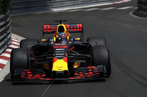 "Red Bull ""should be"" in three-way fight for pole - Ricciardo"