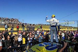 Maurício destaca estratégia em vitória na corrida 2