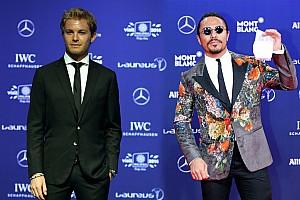 Nusret'ten son F1 şampiyonu Rosberg'e tuz serpme dersi!