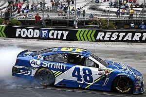 NASCAR in Bristol: Jimmie Johnson gewinnt Montagsrennen