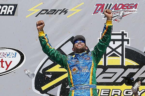 NASCAR XFINITY Almirola vence em Talladega pela Xfinity Series