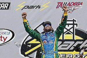 Aric Almirola takes Xfinity win at Talladega
