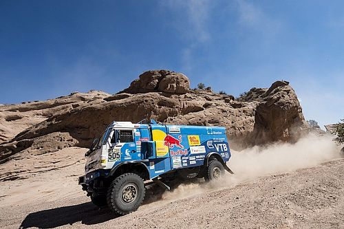 Dakar 2017, Stage 11: Nikolaev closes on second trucks victory