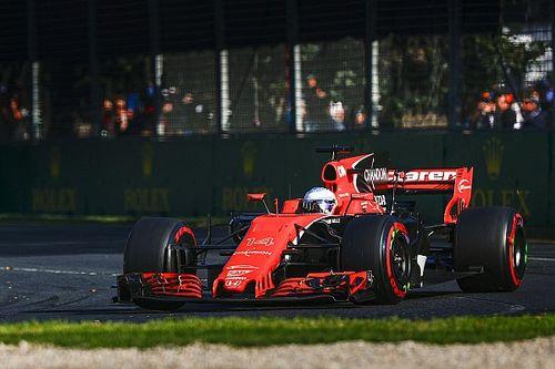 McLaren replica ad Alonso: la MCL32 decima con i danni di inizio GP!