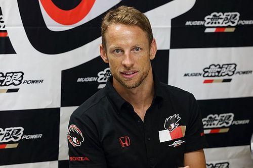 """Jenson Button está """"muy feliz"""" por el podio de Super GT"""