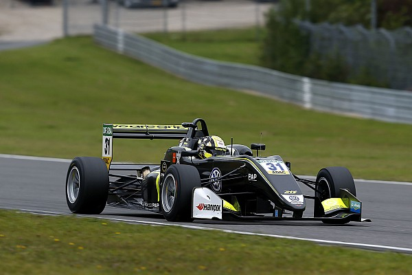 Lando Norris megnyerte a harmadik nürburgringi F3-as futamot is