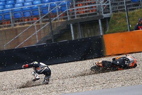 VIDEO: Kompilasi kecelakaan Moto3 di Assen yang basah
