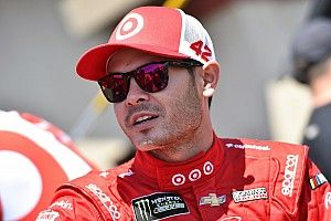 Kyle Larson tops final practice at Kentucky
