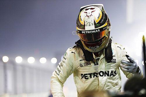 Stand: Hamilton profiteert optimaal van DNF Vettel, Perez evenaart Verstappen