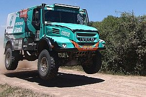 Petronas keeping de Rooy in contention for Dakar glory