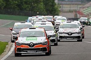 TCR Benelux in zee met Clio Cup