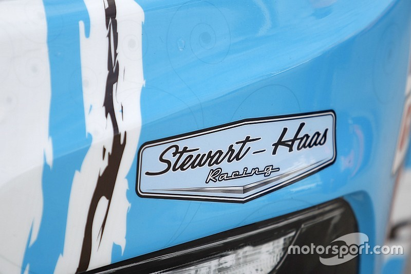 Analysis: Ford can provide SHR something it's still missing in NASCAR