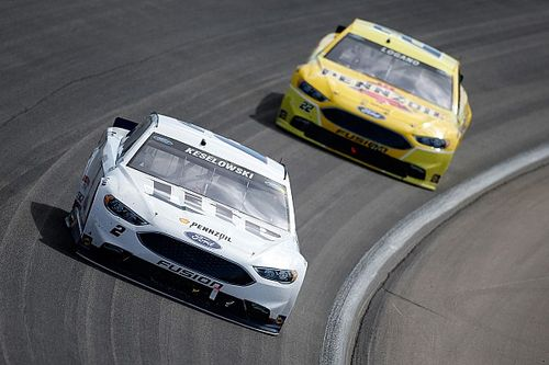 "Penske allows drivers to race it out in Vegas: ""We don't have team orders"""