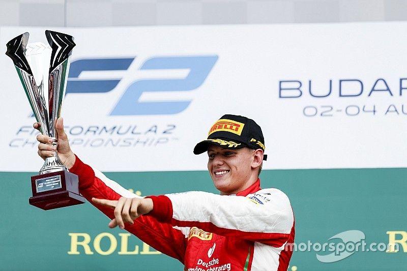 Schumacher gana por primera vez en Fórmula 2