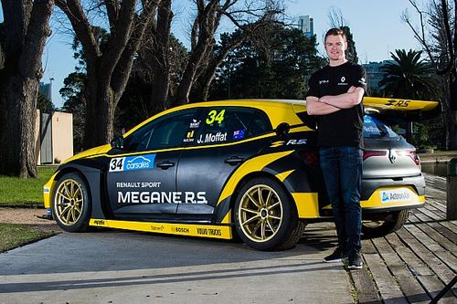 Factory backing for Moffat TCR Renault