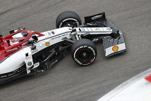 Így ugrott ki a rajtnál Räikkönen Szocsiban: videó