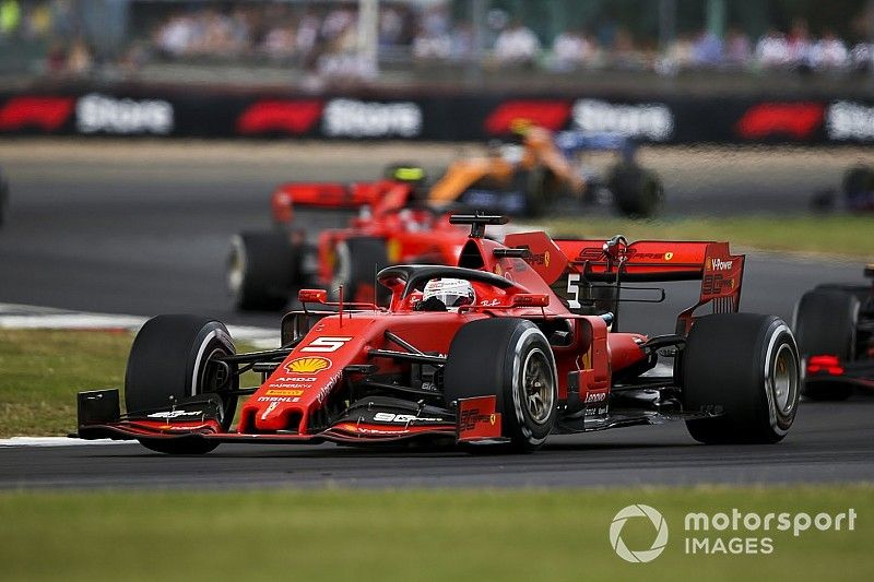 Vettel lidera dobradinha da Ferrari em primeiro treino na Alemanha