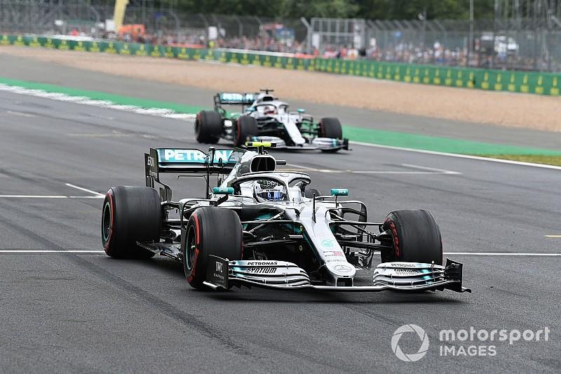 Com recorde, Bottas bate Hamilton e crava a pole na Grã-Bretanha