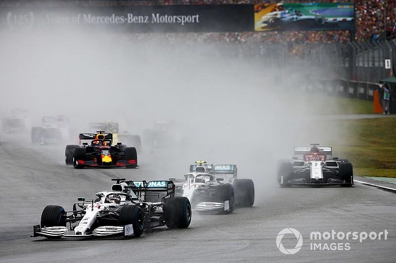 Bottas a Mercedes üzenetét követte, de beleállt a falba