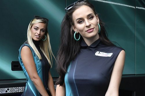 Galeri: MotoGP Avusturya, DTM Brands Hatch grid kızları