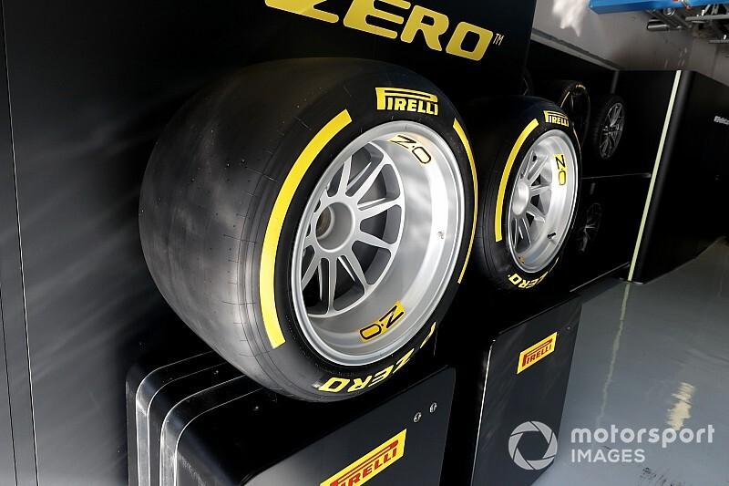 Ocon werkt laatste Pirelli-bandentest af voor 2020